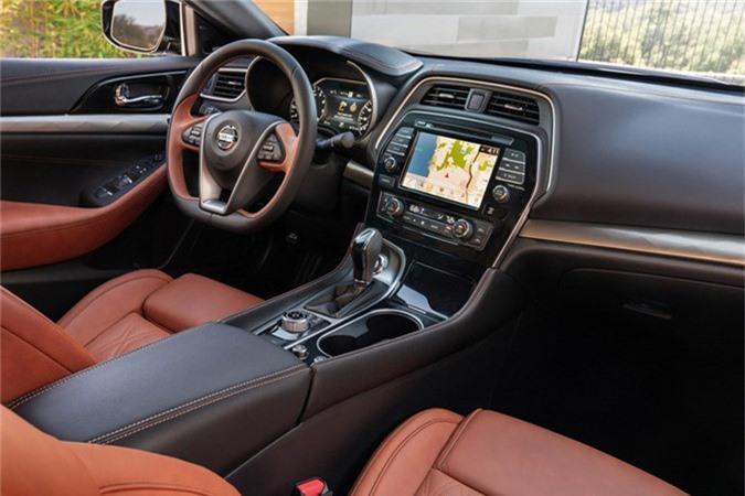 "Sedan Nissan Maxima 2019 moi co gi de ""dau"" Toyota Avalon?-Hinh-6"