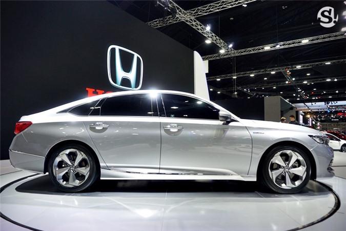 Accord 2019 là dòng sedan hạng D.
