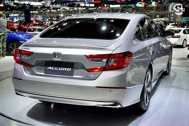 Xe sẽ được bán ra ở Thái Lan và đầu năm tới.