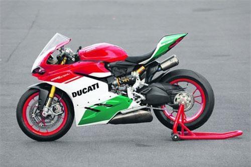 6. Ducati 1299 Panigale R Final Edition 2019.