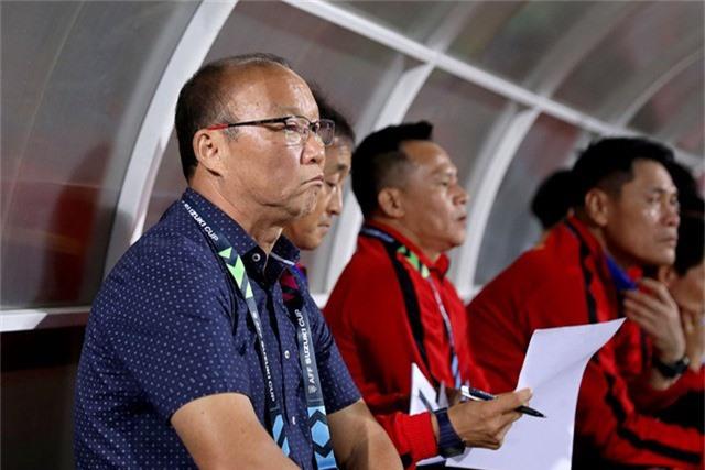 HLV Park Hang Seo cần những toan tính hợp lý ở cuộc đấu với Philippines tại Panaad