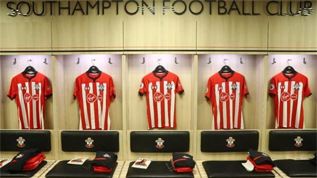 Trong phòng thay đồ của các cầu thủ Southampton