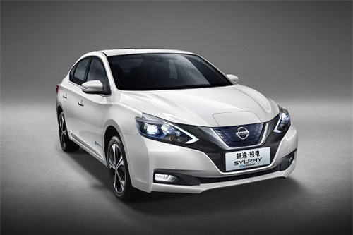 3. Nissan Sylphy (doanh số: 43.419 chiếc).