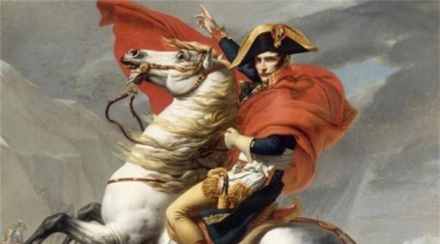 7 thien tai quan su duoc hoang de Napoleon sung bai het muc