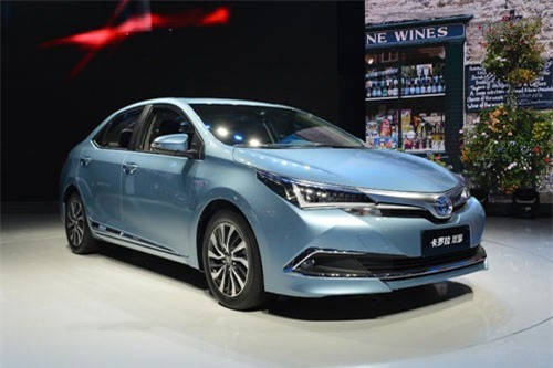 8. Toyota Corolla (doanh số: 27.775 chiếc).