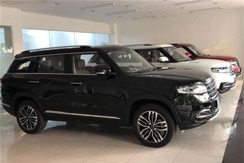 BAIC Q7 - SUV Trung Quốc thiết kế như Range Rover ra đại lý, giá dự kiến hơn 600 triệu đồng. BAIC Q7 là SUV 5 chỗ hoàn toàn mới tại Việt Nam, xuất xứ từ Trung Quốc, cạnh tranh ngay đồng hương Zotye Z8. (CHI TIẾT)