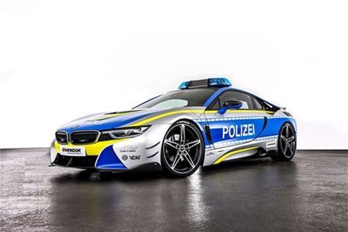Chi tiết siêu xe BMW i8 Roadster