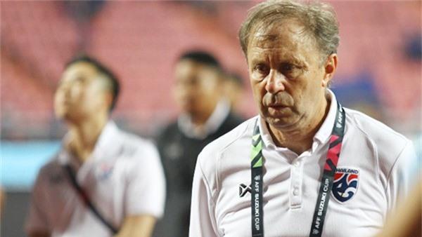 AFF Cup, tin tức AFF Cup, ĐT Thái Lan, HLV Kiatisak, Thái lan bị loại