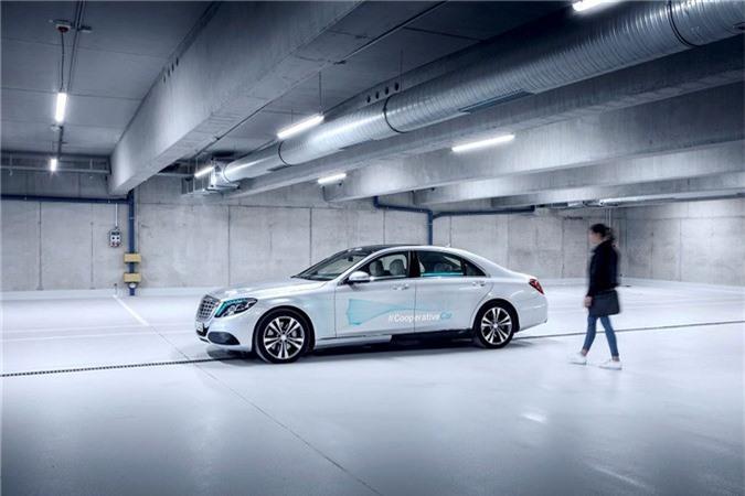 Mercedes-Benz phát triển đèn thông minh dành riêng cho xe tự lái ảnh 1