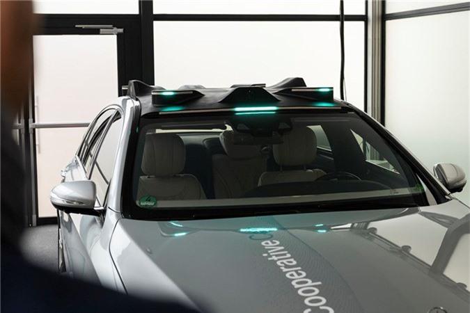 Mercedes-Benz phát triển đèn thông minh dành riêng cho xe tự lái ảnh 3