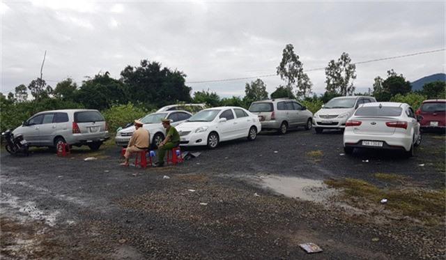 30 ô tô bị tạm giữ tại hiện trường