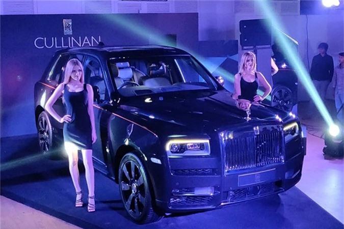 Sieu SUV Rolls-Royce Cullinan gia tu 23,2 ty dong tai An Do