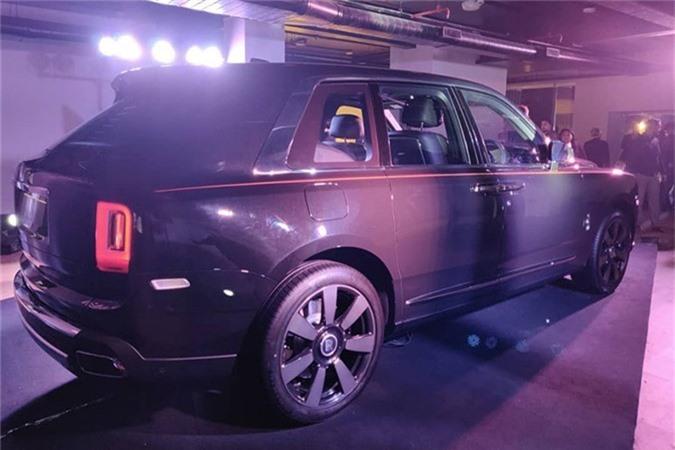 Sieu SUV Rolls-Royce Cullinan gia tu 23,2 ty dong tai An Do-Hinh-2