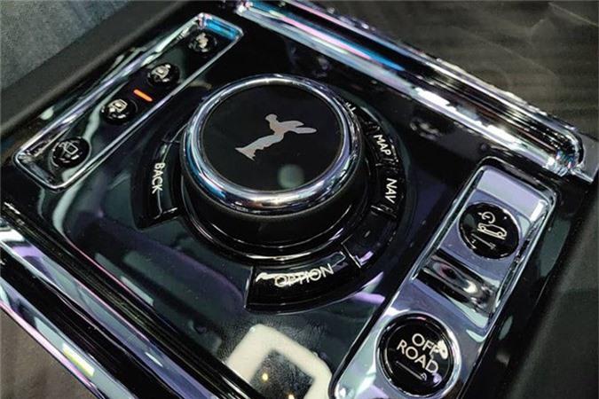 Sieu SUV Rolls-Royce Cullinan gia tu 23,2 ty dong tai An Do-Hinh-7