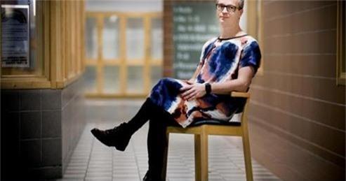 Thầy Henrik Theorin – Hiệu trưởng một trường học tại Thụy Điển.