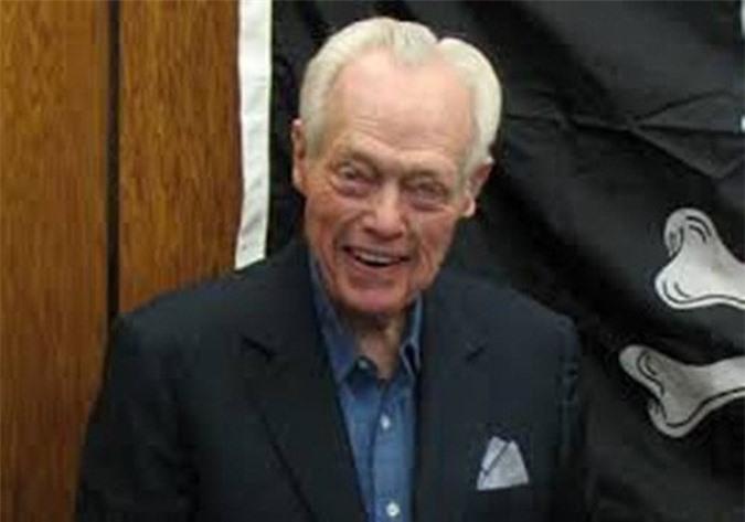 Tỷ phú William Moncrief 98 tuổi, khối lượng tài sản khoảng 1 tỷ USD