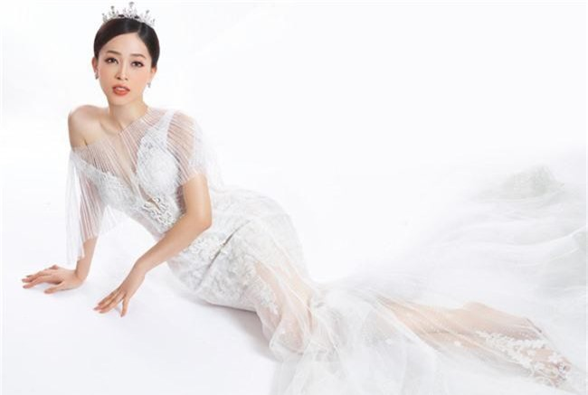 Bị chê người mỏng, Á hậu Phương Nga bất ngờ tung ảnh mặc váy cưới khoe vòng một đầy đặn khó ngờ - Ảnh 15.