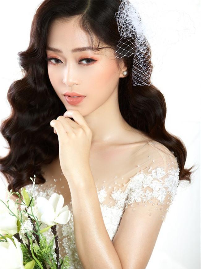 Bị chê người mỏng, Á hậu Phương Nga bất ngờ tung ảnh mặc váy cưới khoe vòng một đầy đặn khó ngờ - Ảnh 5.