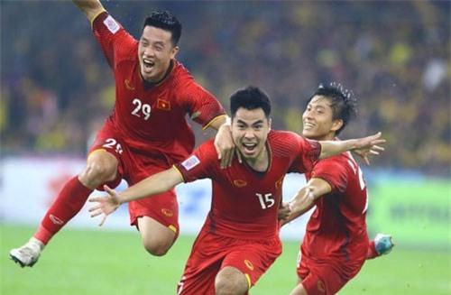 Huy Hùng (số 29).