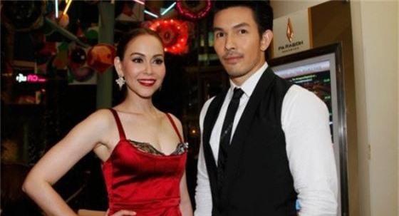 Tan nát cõi lòng trước 7 nam thần Thái Lan thành phi công trẻ: Mike Angelo gây sốc vì chưa lấy vợ đã có con - Ảnh 23.