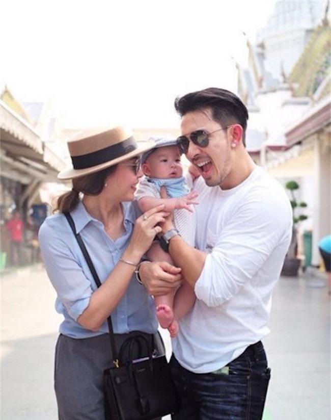 Tan nát cõi lòng trước 7 nam thần Thái Lan thành phi công trẻ: Mike Angelo gây sốc vì chưa lấy vợ đã có con - Ảnh 25.