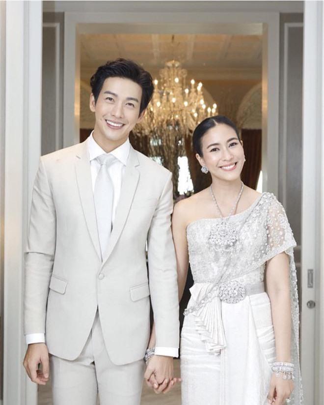 Tan nát cõi lòng trước 7 nam thần Thái Lan thành phi công trẻ: Mike Angelo gây sốc vì chưa lấy vợ đã có con - Ảnh 6.