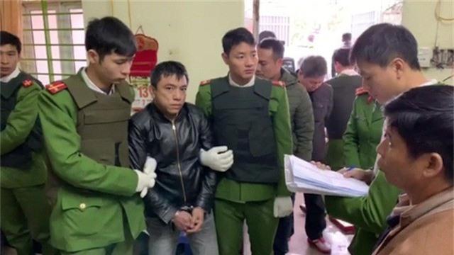 Công an bắt giữ Nguyễn Hoài Bắc, đối tượng cầm đầu của đường dây mua bán trái phép chất ma túy (Ảnh: Công an tỉnh Hưng Yên).