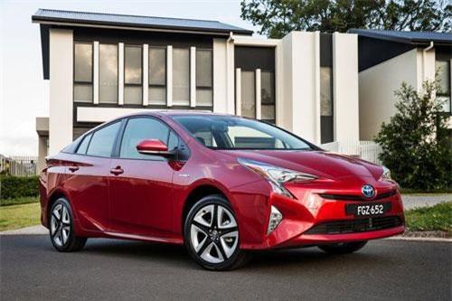 10. Toyota Prius (doanh số: 8.762 chiếc).