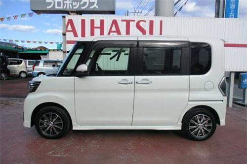 5. Daihatsu Tanto (doanh số: 11.102 chiếc).
