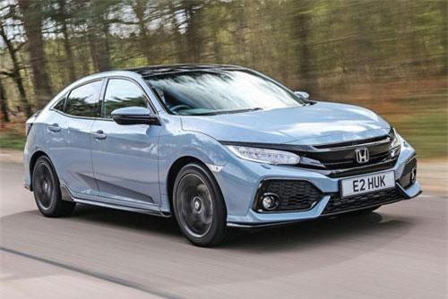 8. Honda Civic (doanh số: 299.376 chiếc).