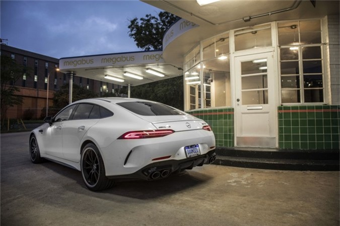 hinh anh chi tiet mercedes-amg gt 4 cua gia tu 136.000 usd hinh 4