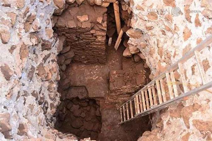 7. Phát hiện ngôi đền cổ bên trong kim tự tháp Aztec. Một trận động đất mạnh 7,1 độ xảy ra ngày 16/2/2018 đã dẫn đến việc phát lộ một ngôi đền cổ dành riêng cho thần mưa Tláloc bên dưới kim tự tháp Teopanzolco ở Cuernavac, Mexico.