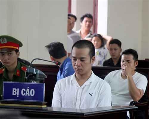 Bị cáo Đỗ Như Dũng tại phiên tòa. Ảnh:Nguyễn  long