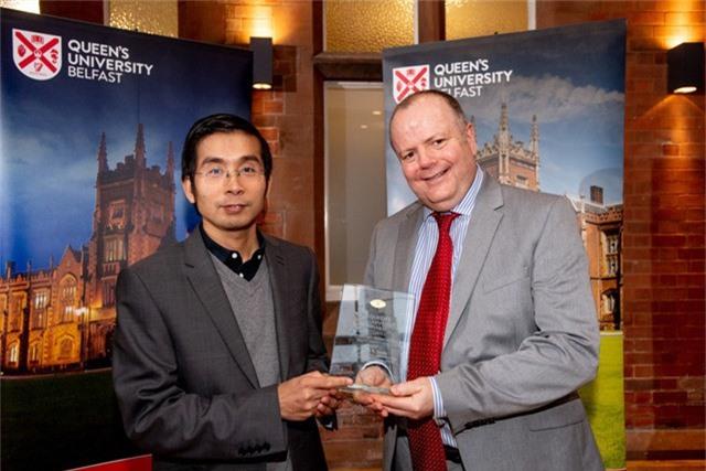 GS Dương Quang Trung được trường Đại học Queen's, Anh vinh danh vì nghiên cứu đổi mới sáng tạo năm 2018.