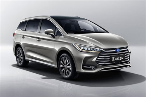 8. BYD Song MAX (doanh số: 142.412 chiếc).