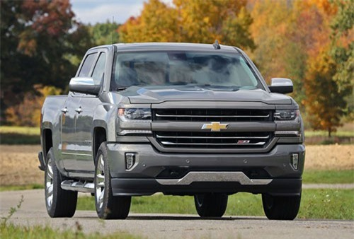 2. Chevrolet Silverado (doanh số: 585.581 chiếc).