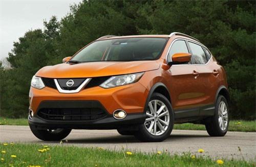 5. Nissan Rogue/Rogue Sport (doanh số: 412.110 chiếc).