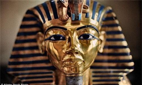 Loi giai chan dong ve cha me cua Pharaoh Tutankhamun-Hinh-4