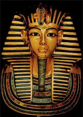 Loi giai chan dong ve cha me cua Pharaoh Tutankhamun-Hinh-6