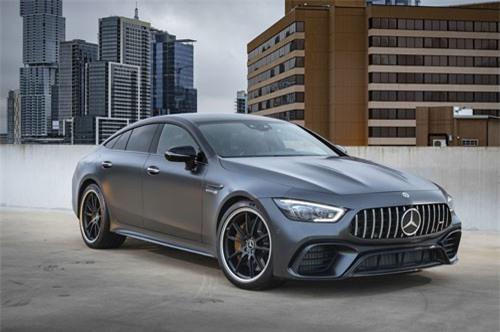 Ngắm siêu xe Mercedes mạnh 639 mã lực, giá gần 4 tỷ. Mercedes-AMG GT 63 S 2019 sở hữu động cơ với công suất lên tới 639 mã lực. Mẫu xe thể thao này có giá bán 159.995 USD (tương đương 3,709 tỷ đồng). (CHI TIẾT)