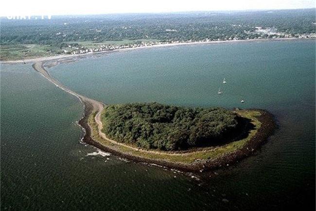 Đảo Charles.