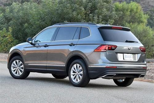 1. Volkswagen Tiguan (doanh số: 791.275 chiếc).