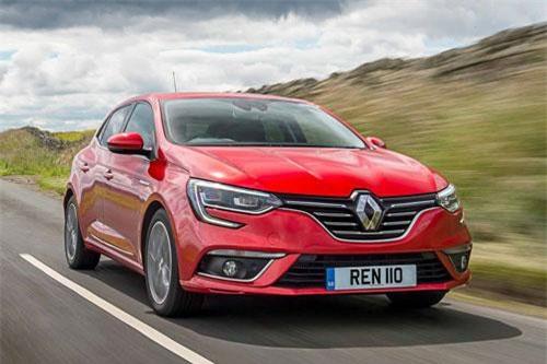10. Renault Clio (doanh số: 387.225 chiếc).