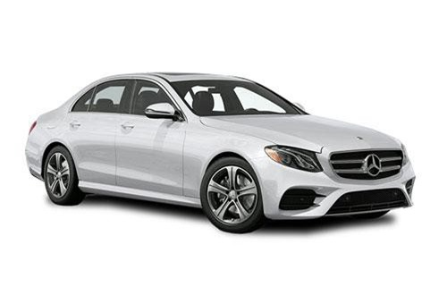 8. Mercedes-Benz E-Class (doanh số: 400.371 chiếc).
