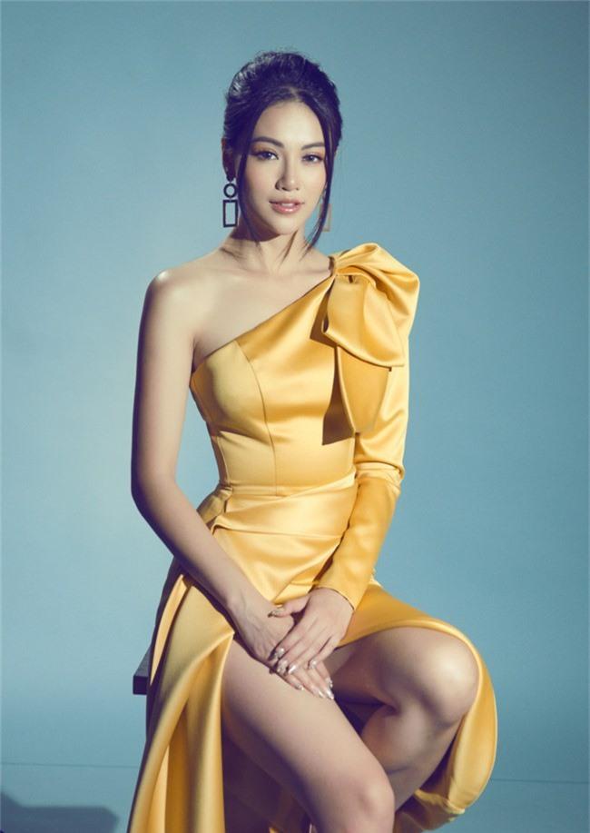 Hoa hậu Phương Khánh tiết lộ người xốc lại tinh thần sau những ồn ào mua giải - Ảnh 1.