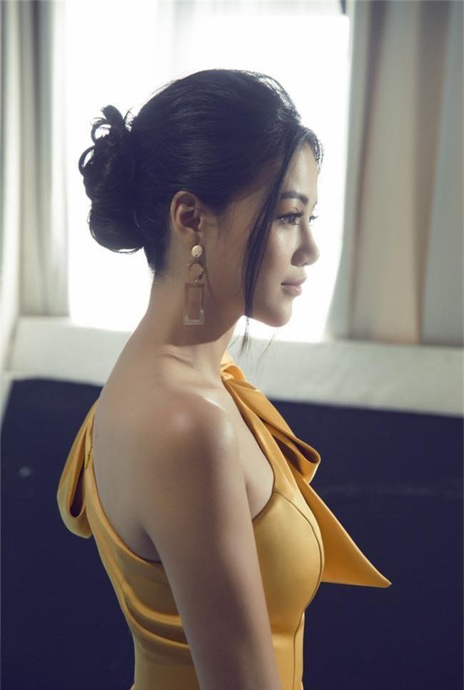 Hoa hậu Phương Khánh tiết lộ người xốc lại tinh thần sau những ồn ào mua giải - Ảnh 4.