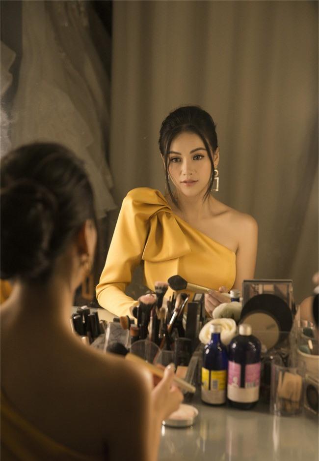 Hoa hậu Phương Khánh tiết lộ người xốc lại tinh thần sau những ồn ào mua giải - Ảnh 6.