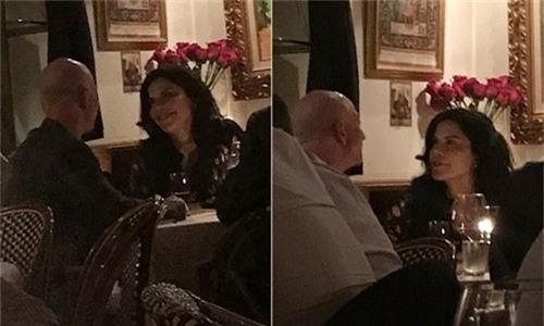 Tỷ phú Amazon hẹn hò cùng Lauren Sanchez hôm 30/10/2018.