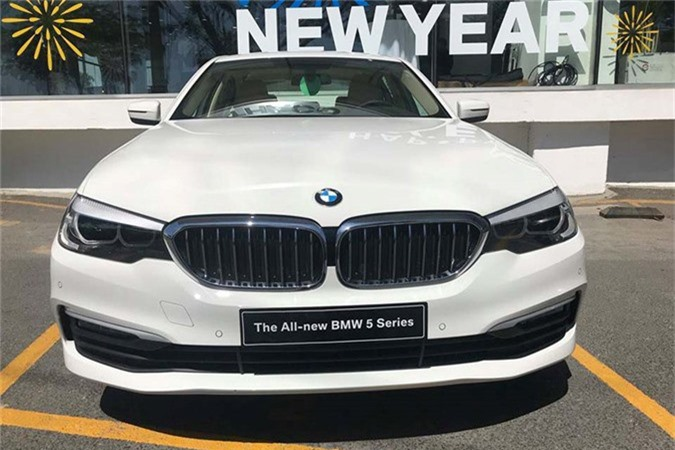 Can canh BMW 5-Series 2019 moi gia 2,4 ty tai Viet Nam-Hinh-12