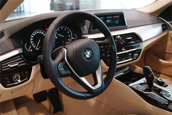 Can canh BMW 5-Series 2019 moi gia 2,4 ty tai Viet Nam-Hinh-8